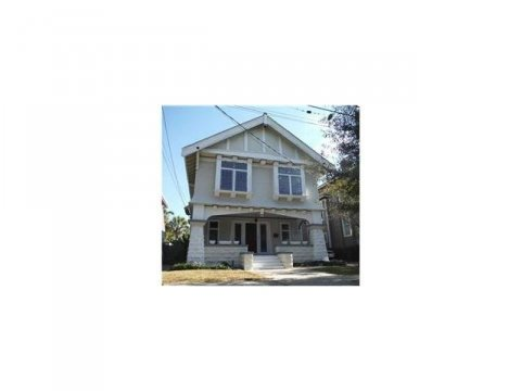 1327 Pine Street