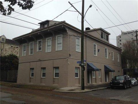 195 Walnut Street #4
