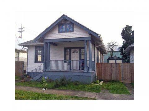 4908 Robertson Street