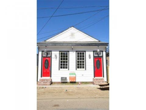 8631 Green Street