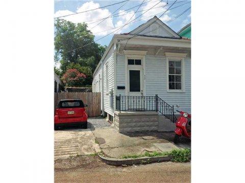 908 N. Rendon Street