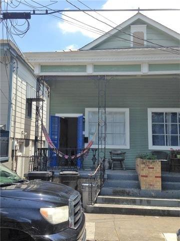 917 Clouet Street